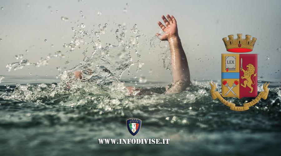 Pescara, ragazzo si butta in acqua da un ponte: poliziotto si tuffa e lo salva