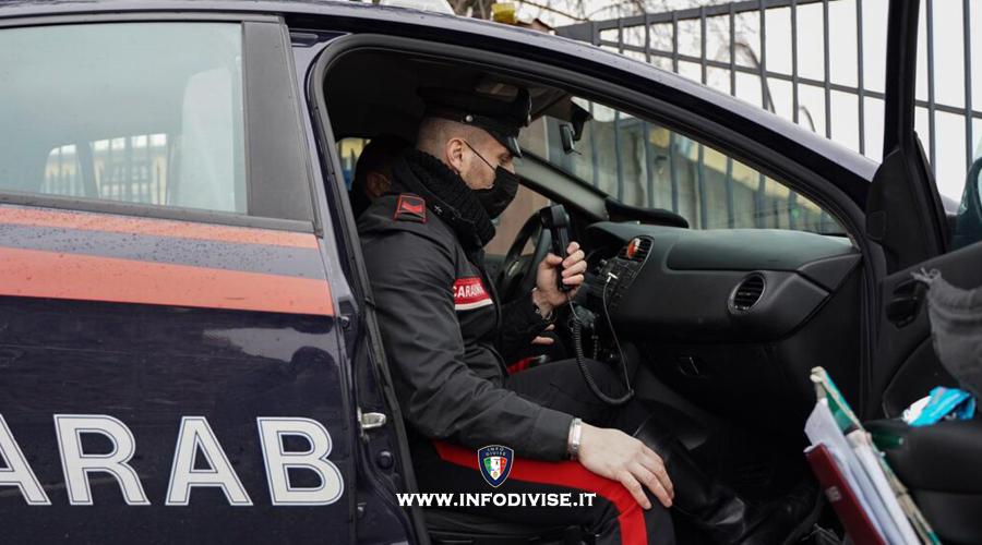 Fermato per un controllo antidroga, colpisce con un pugno un Carabiniere: arrestato 26enne