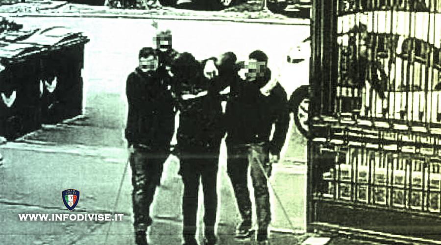 """Picchia pusher senegalese, poliziotto sospeso """"Ero sotto stress"""""""