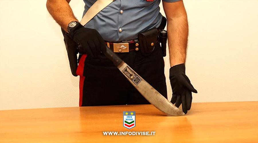 Minaccia i carabinieri con un machete: arrestato 28enne romano