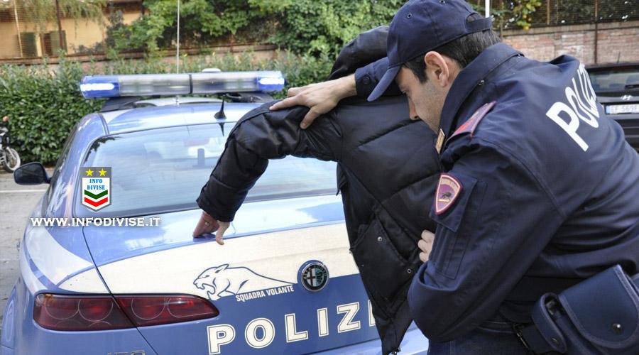 Tenta di rubare un' auto: campione di arti marziali lo blocca e lo consegna alla Polizia