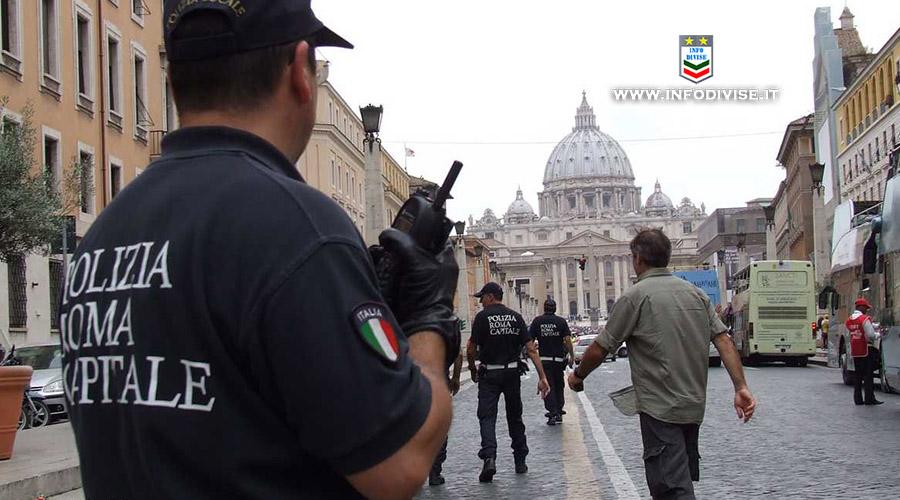 Armato di coltello semina il panico a San Pietro: fermato dalla Polizia Locale di Roma Capitale