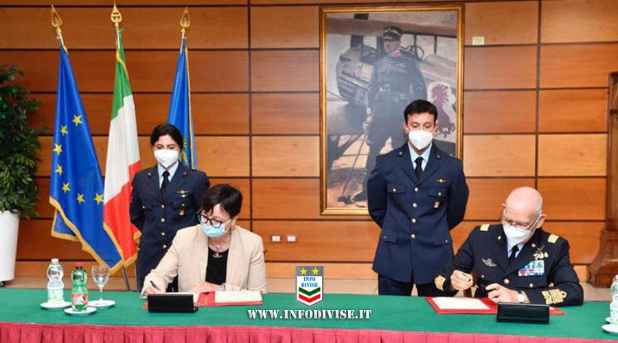 Spazio, Aeronautica Militare sigla accordi per volo umano con Cnr e Tas Italia