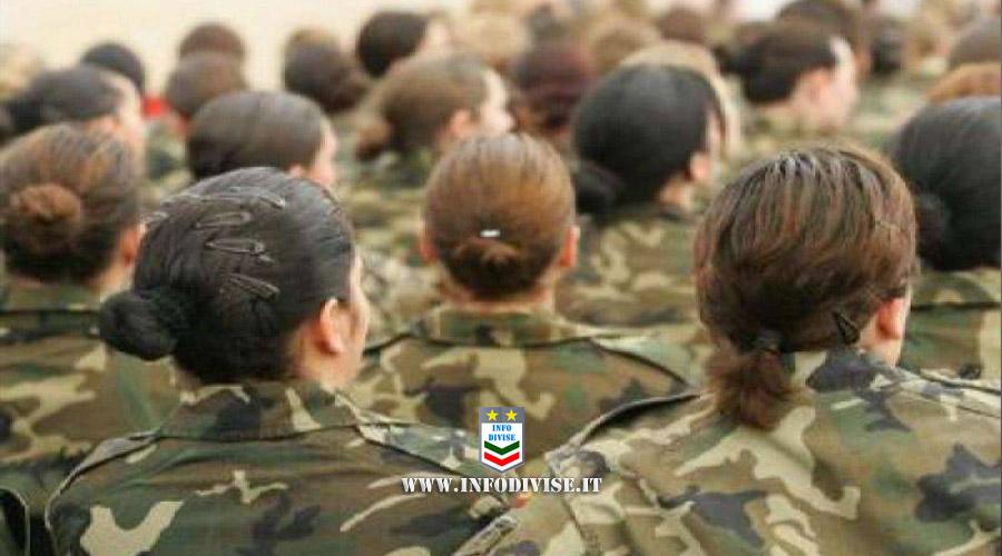 Forze Armate britanniche: due donne soldato su tre molestate in caserma