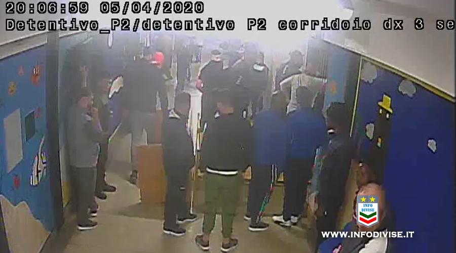 Carcere di Santa Maria Capua Vetere, le immagini della rivolta dei detenuti – Video