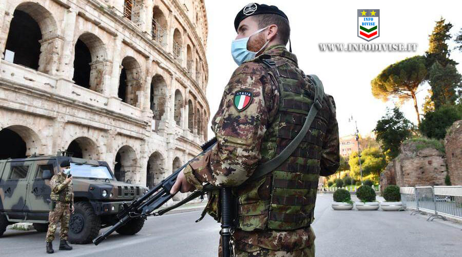 In piedi sul ponte tenta il suicidio: provvidenziale l'intervento dei Militari dell'Esercito Italiano