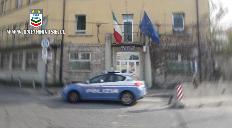 """Torino, gli uffici della squadra volanti cadono a pezzi: """"In 20 anni nessuno ha mai fatto nulla"""""""