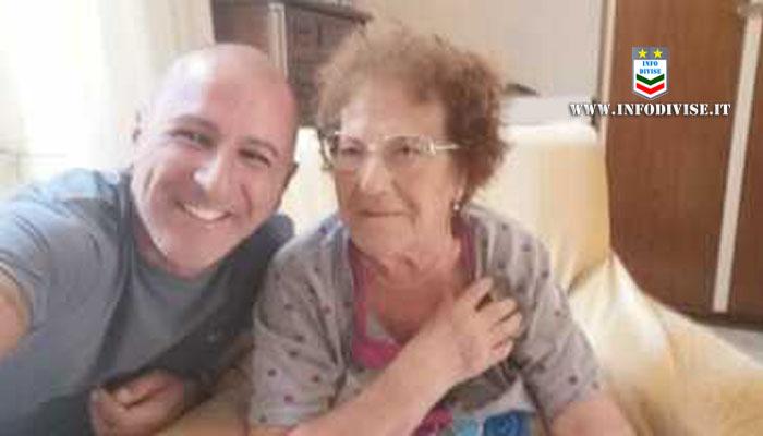 Si sente male in casa e chiede aiuto, poliziotto libero dal servizio sente le grida e salva una 90enne