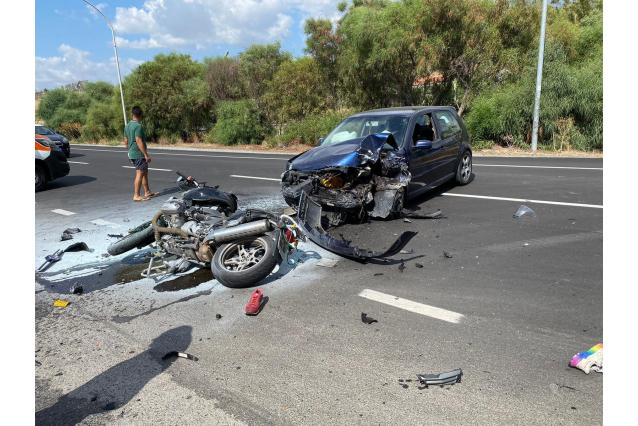 Drammatico incidente stradale sulla SS106: morto Carabiniere, grave il comandante della Polizia Municipale di Roccella
