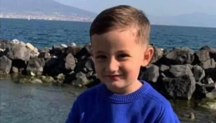 Napoli. Svolta nelle indagini sul bimbo caduto dal balcone: 38enne fermato per omicidio